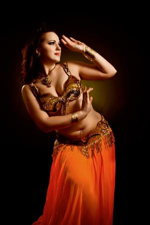Angelika - тренер по восточным танцам